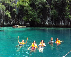 Island Tour Reefs - Coron Package Tour Philippines