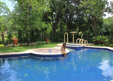 Sophias-garden-pool