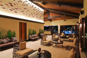 two-seasons-lounge